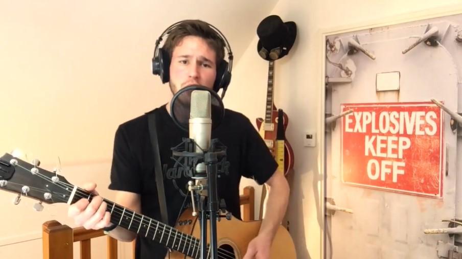 #OneDayOneRecord : Charlie Ohma, le jeune musicien audonien qui s'est engagé à livrer un morceau par jour pendant un an sur ses réseaux sociaux